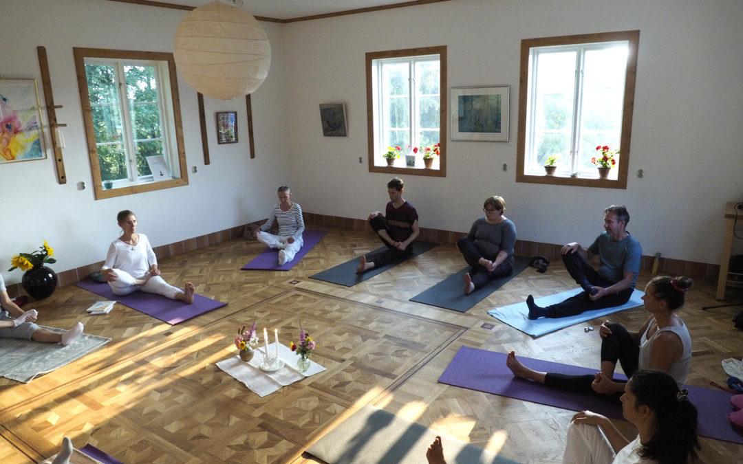Yoga-mindfulness öppen klass Östanlid, nu torsdagar!