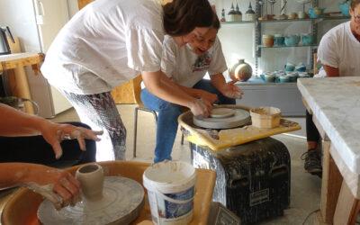 Prova på keramik på Östanlid